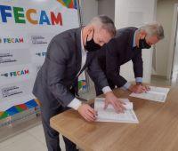 Facisc e Fecam se unem para compartilhar projetos em prol do desenvolvimento dos municípios